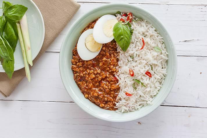 Order Thai Minced Chicken Rice Bowl Online From Freshmenu