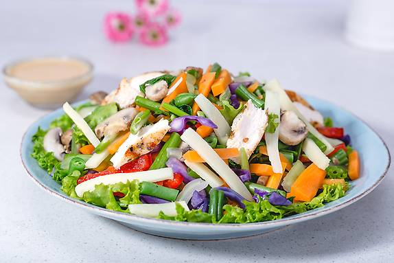 Asian Chicken Salad - 150 kcal (Non Veg)